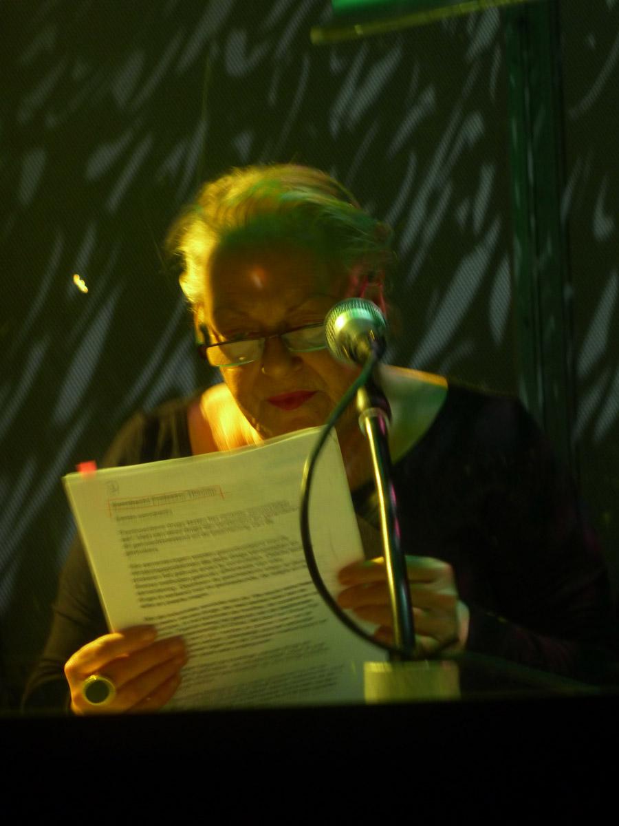 5 Discurso de un hombre decente - Lecture Performance